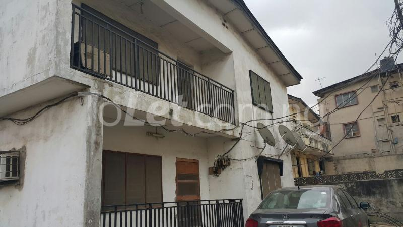 3 bedroom Flat / Apartment for sale Ajayi Street Oregun Ikeja Lagos - 0