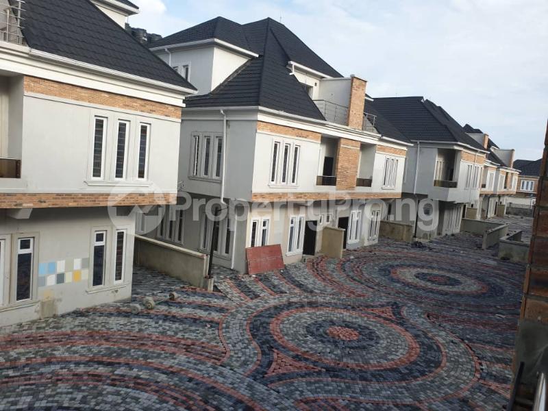 4 bedroom Penthouse Flat / Apartment for rent 3& 5 folashade street,   Oral estate lekki. The oral estate is beside Enyo fuel station. Ikota Lekki Lagos - 0