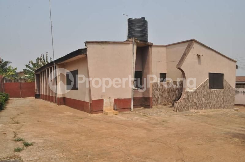 4 bedroom Detached Bungalow House for sale Awule Akure Ondo - 5