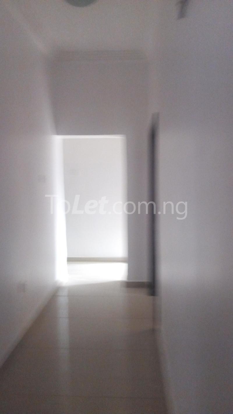 4 bedroom House for rent Ayomi shoprite Monastery road Sangotedo Lagos - 7