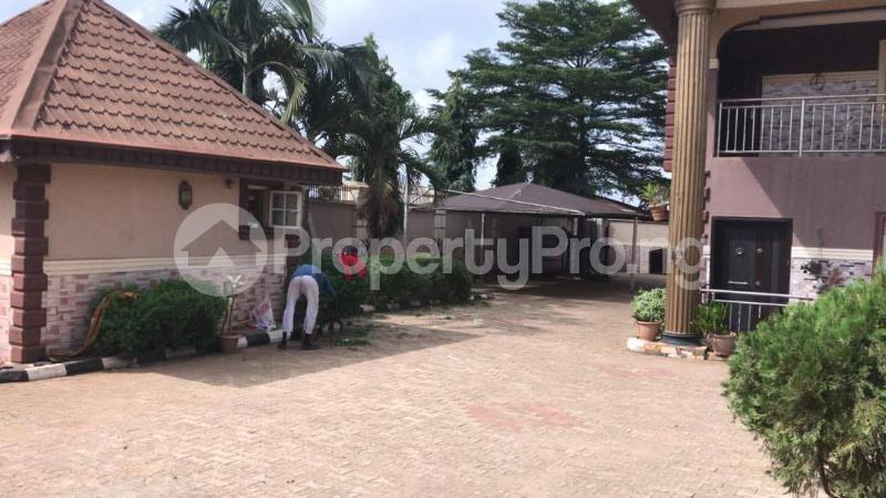 9 bedroom Semi Detached Duplex House for sale Sabo Ikorodu Ikorodu Lagos - 7