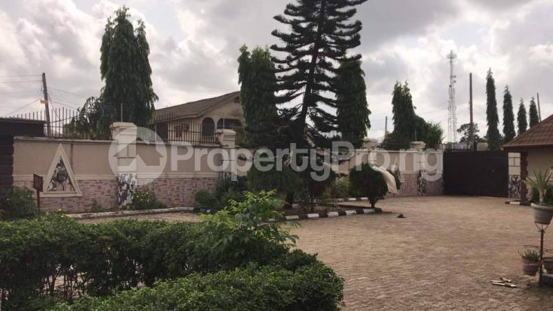 9 bedroom Semi Detached Duplex House for sale Sabo Ikorodu Ikorodu Lagos - 6