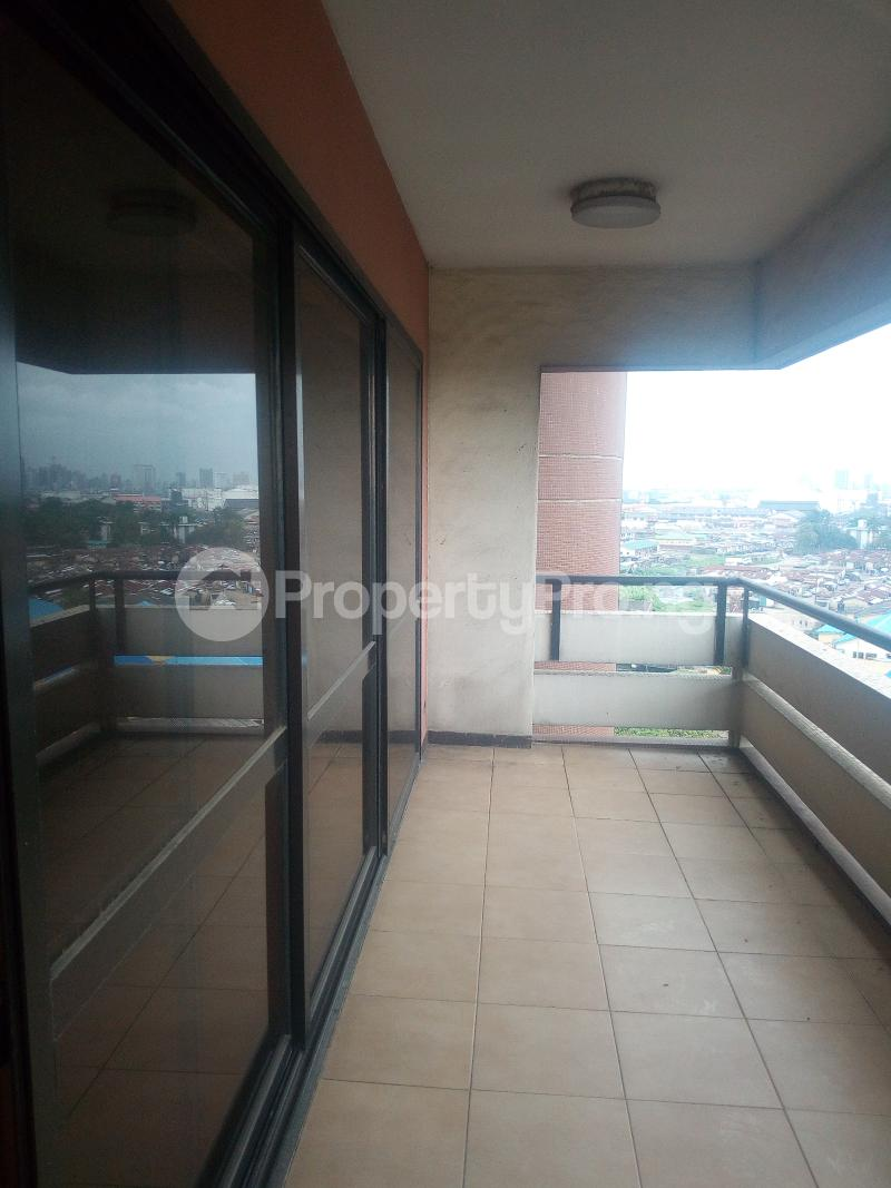 4 bedroom Flat / Apartment for rent Apapa G.R.A Apapa Lagos - 9