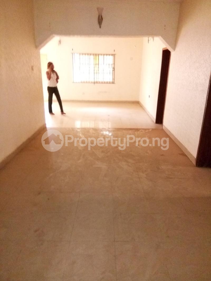 4 bedroom Shared Apartment Flat / Apartment for rent Femi Philip estate Yakoyo/Alagbole Ojodu Lagos - 5