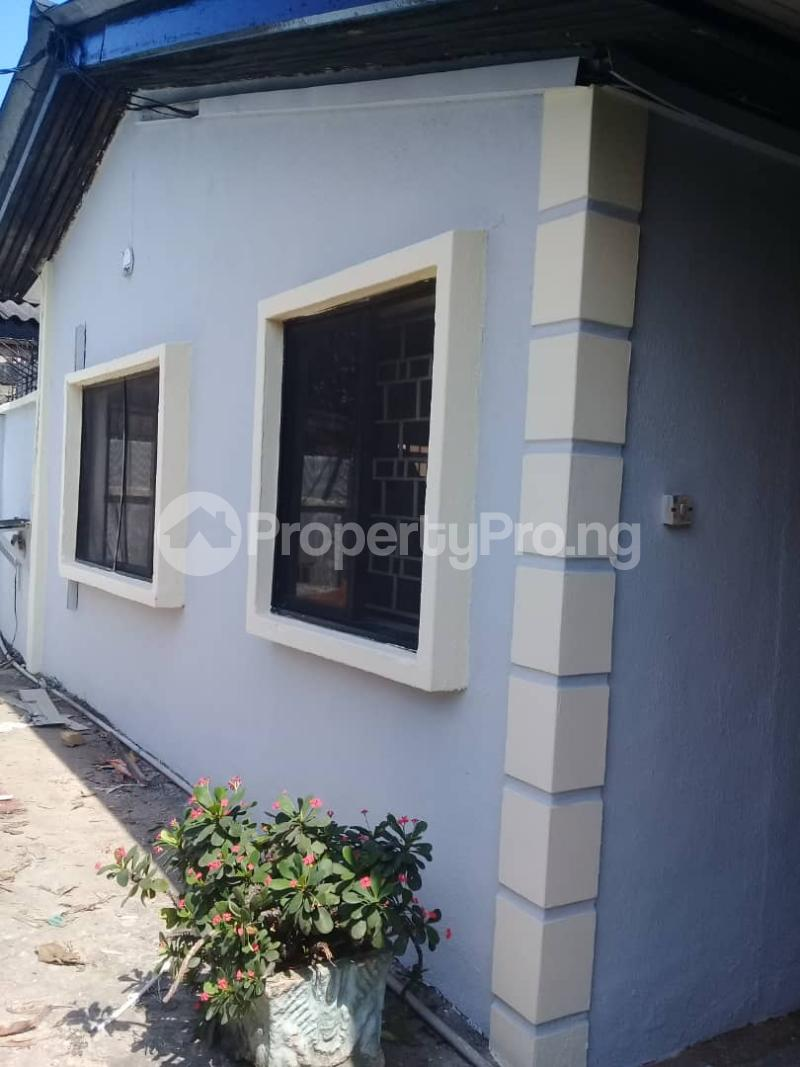 6 bedroom Detached Bungalow House for rent Ladipo Labinjo Bode Thomas Surulere Lagos - 1