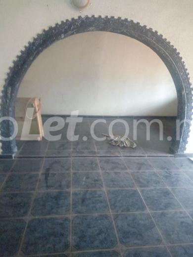 3 bedroom Flat / Apartment for sale Alapere Alapere Kosofe/Ikosi Lagos - 3