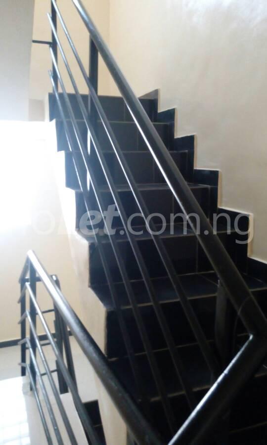 3 bedroom Flat / Apartment for sale OFF THE MAJOR AGUNGI ROAD Agungi Lekki Lagos - 4