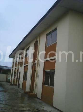 3 bedroom Flat / Apartment for sale dopemu Airport Road(Ikeja) Ikeja Lagos - 3