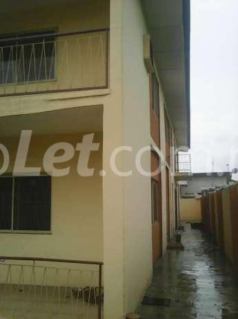 3 bedroom Flat / Apartment for sale dopemu Airport Road(Ikeja) Ikeja Lagos - 1
