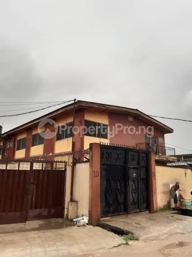 Flat / Apartment for sale Off Pedro road  Palmgroove Shomolu Lagos - 1