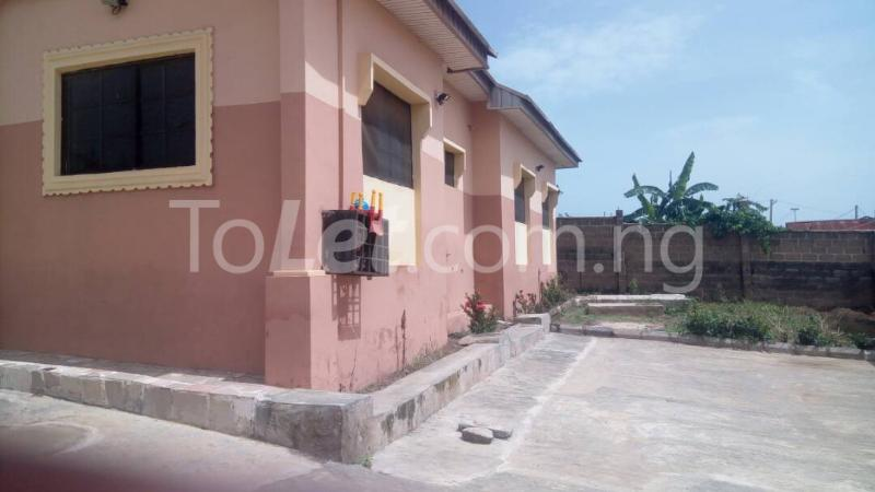 7 bedroom House for sale Elebu area Oluyole Estate Ibadan Oyo - 2