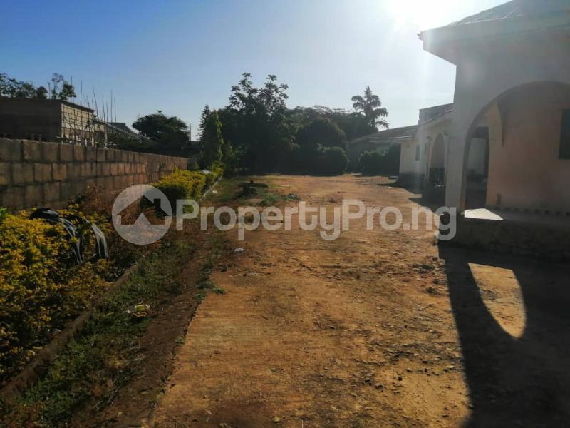 5 bedroom Detached Bungalow House for sale No. 7 Da Adamu Nyam Tari Street, off Atiku Street, Rayfield Jos. Jos South Plateau - 3
