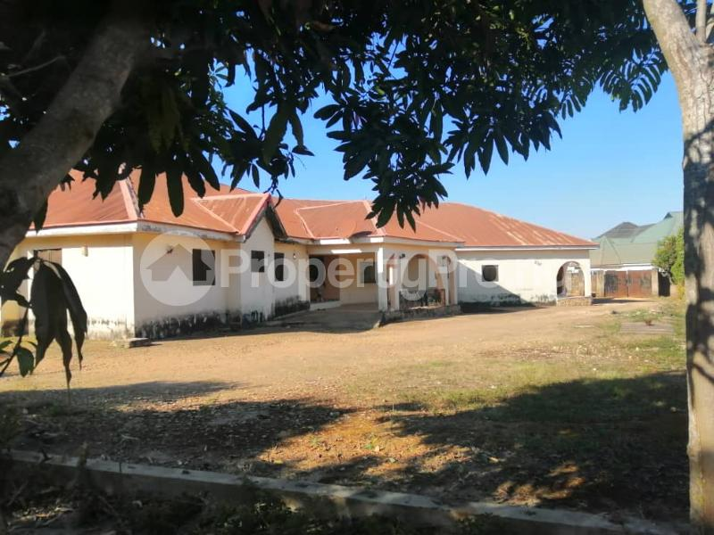 5 bedroom Detached Bungalow House for sale No. 7 Da Adamu Nyam Tari Street, off Atiku Street, Rayfield Jos. Jos South Plateau - 0
