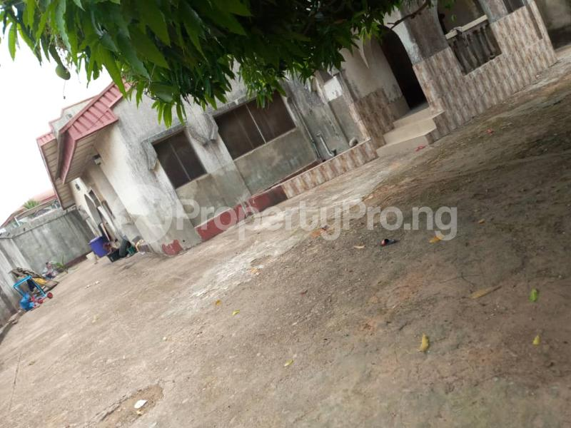 5 bedroom Detached Bungalow House for sale Akesan Igando Ikotun/Igando Lagos - 0