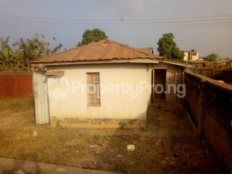 5 bedroom Detached Bungalow House for sale Isijola Street, Off FUTA Southgate Road Akure Ondo - 2