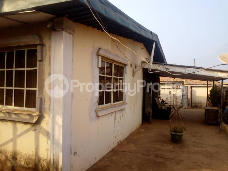 5 bedroom Detached Bungalow House for sale Isijola Street, Off FUTA Southgate Road Akure Ondo - 4