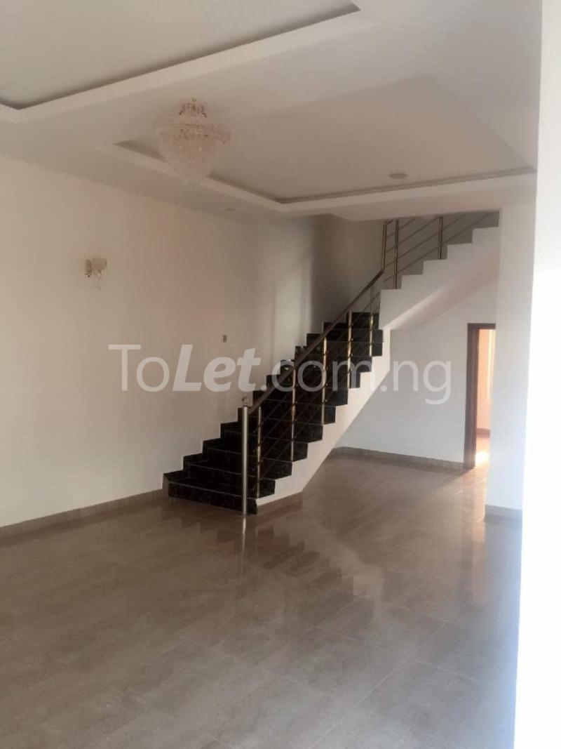 House for sale Chevron drive lekki. Lagos - 15