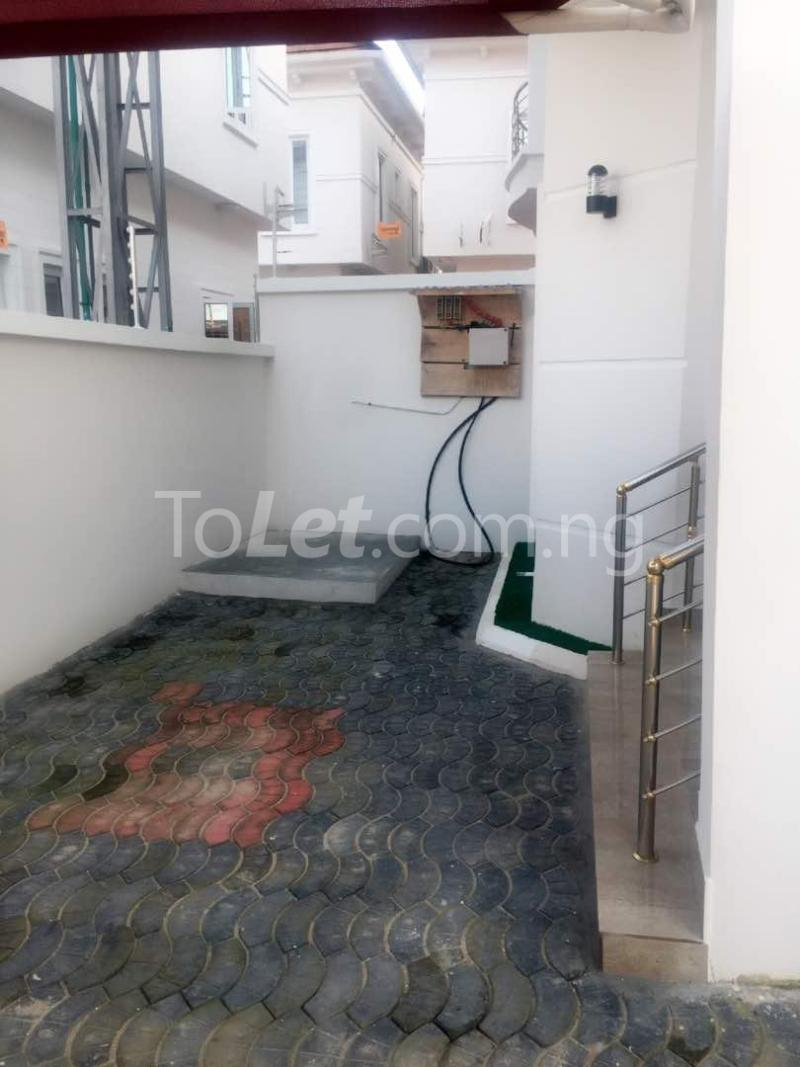 House for sale Chevron drive lekki. Lagos - 16