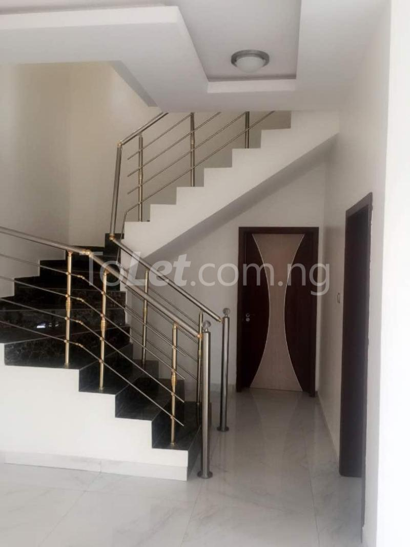 House for sale Chevron drive lekki. Lagos - 24