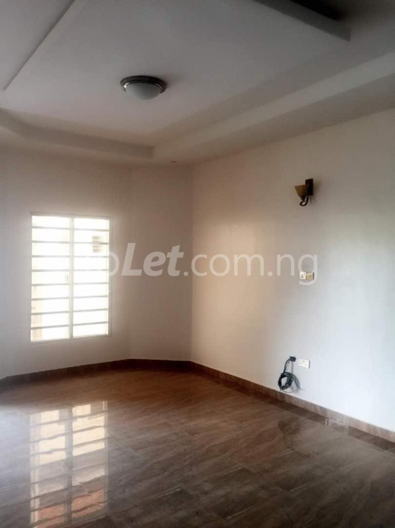 House for sale Chevron drive lekki. Lagos - 6