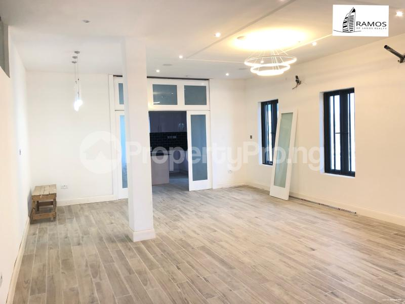 5 bedroom Detached Duplex House for sale Lekki County Lekki Phase 2 Lekki Lagos - 3