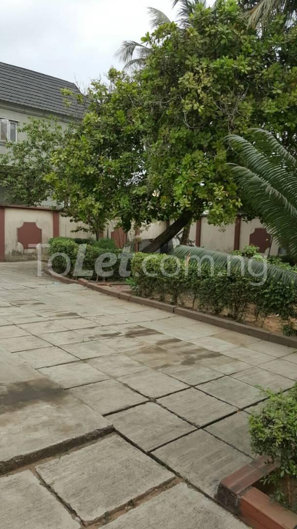 5 bedroom House for sale Sosanya Street off Soluyi Bus Stop Soluyi Gbagada Lagos - 4