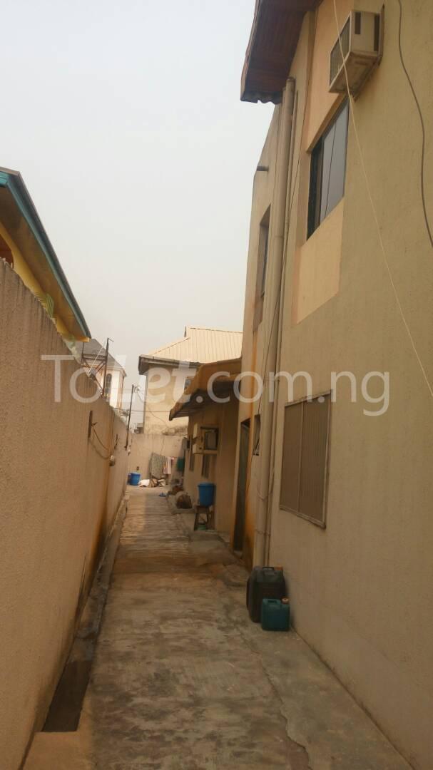 5 bedroom House for sale - Ago palace Okota Lagos - 11