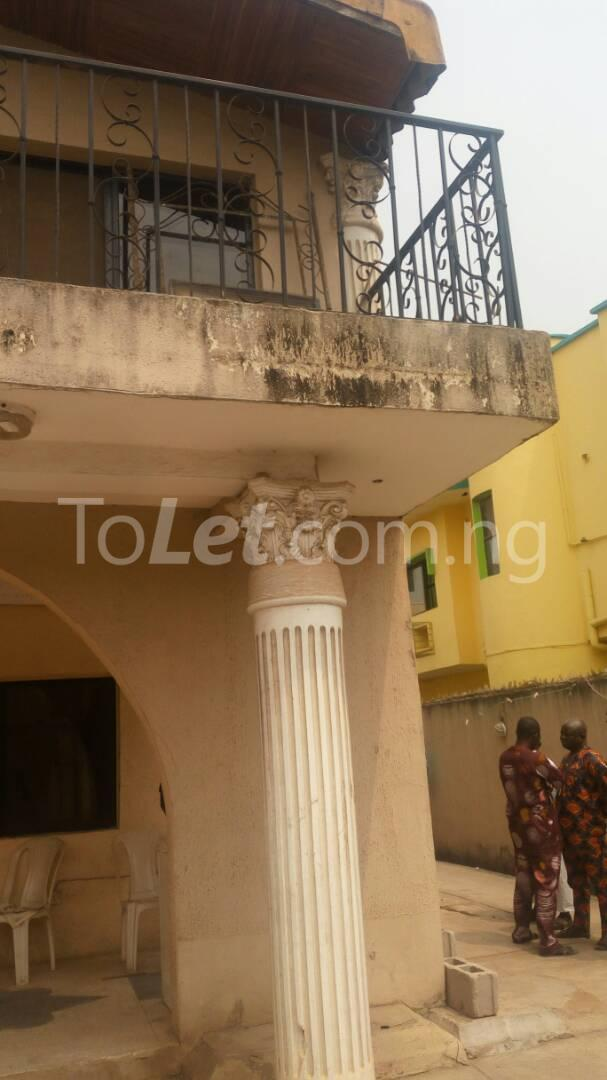 5 bedroom House for sale off Ago palace way Okota Lagos - 7
