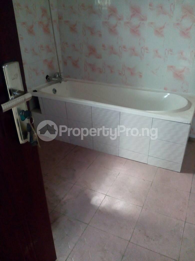 5 bedroom Detached Duplex House for sale Magodo GRA Phase 1; Magodo Isheri Ojodu Lagos - 6