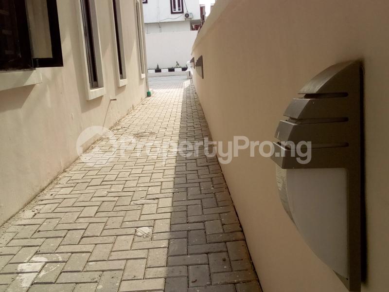 5 bedroom Detached Duplex House for sale Chevron Axis Lekki Phase 2 Lekki Lagos - 40