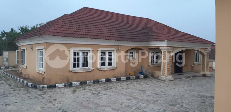 8 bedroom Detached Duplex House for sale Behind Olukayode House, Alagbaka Akure Ondo - 0