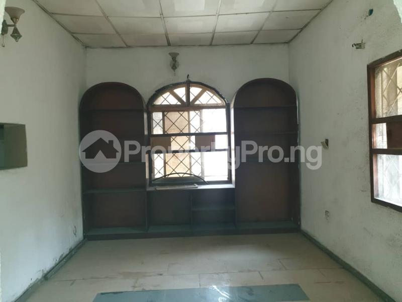 5 bedroom Detached Bungalow House for rent Off Hebert Macaulay Way, Alagomeji, Yaba Alagomeji Yaba Lagos - 12