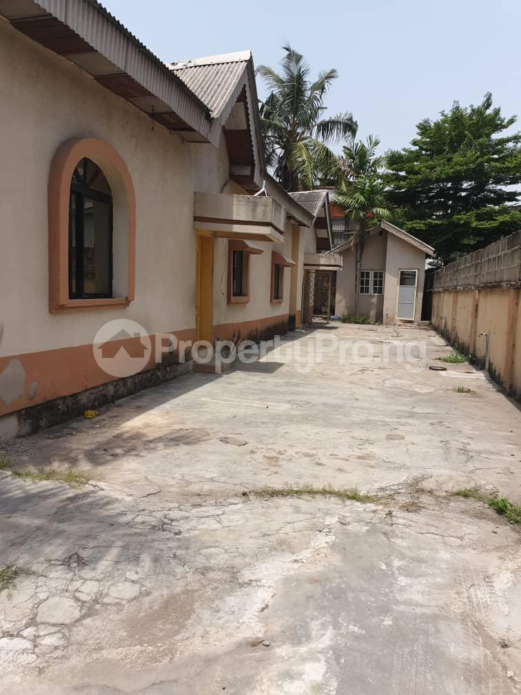5 bedroom Detached Bungalow House for rent Off Hebert Macaulay Way, Alagomeji, Yaba Alagomeji Yaba Lagos - 0