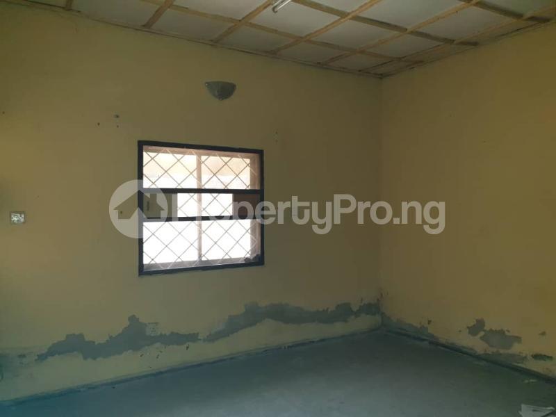 5 bedroom Detached Bungalow House for rent Off Hebert Macaulay Way, Alagomeji, Yaba Alagomeji Yaba Lagos - 4