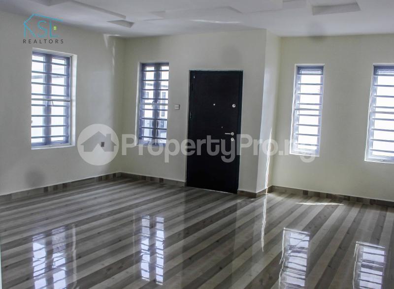5 bedroom Detached Duplex House for sale Alternative Route by atlantic mall; chevron Lekki Lagos - 7