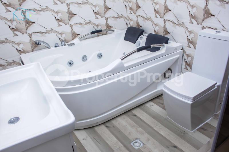 5 bedroom Detached Duplex House for sale Alternative Route by atlantic mall; chevron Lekki Lagos - 10