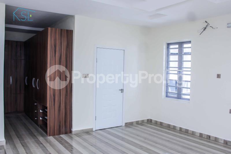 5 bedroom Detached Duplex House for sale Alternative Route by atlantic mall; chevron Lekki Lagos - 8