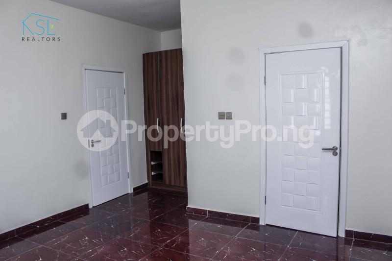 5 bedroom Detached Duplex House for sale Alternative Route by atlantic mall; chevron Lekki Lagos - 12