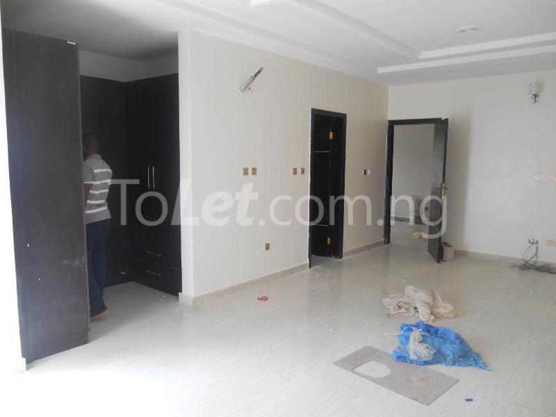 House for sale Pearl Garden Estate Sangotedo Lagos - 5