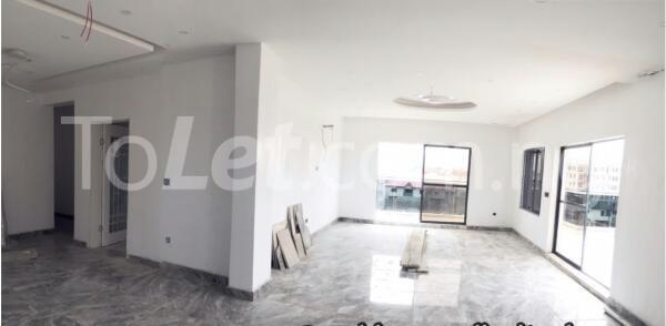 5 bedroom House for sale Carlton Gate Estate  chevron Lekki Lagos - 17