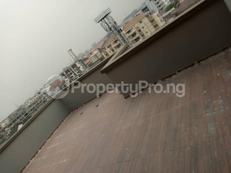 5 bedroom Penthouse Flat / Apartment for sale off Ligali Ayorinde Victoria Island Lagos - 17