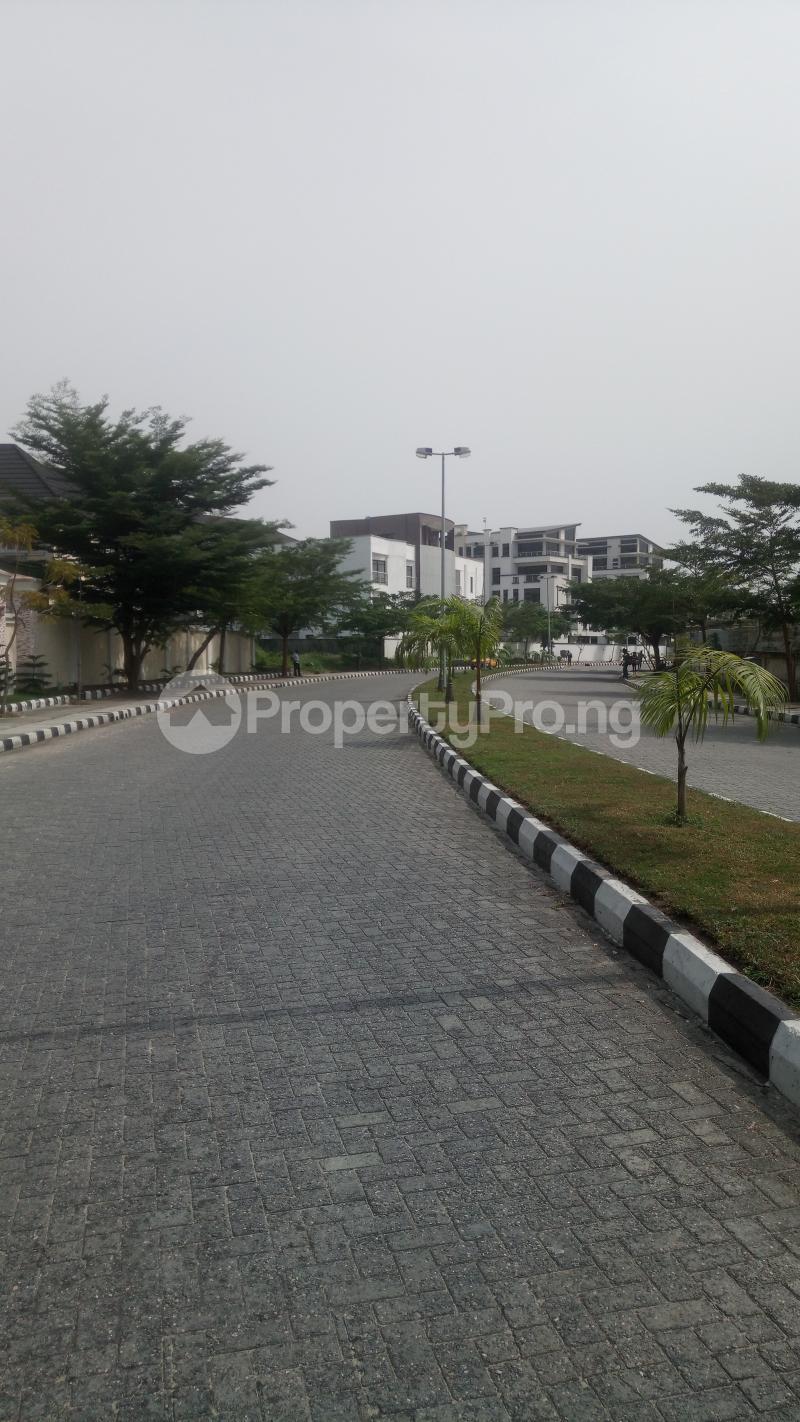 5 bedroom Semi Detached Duplex House for sale H Zone Banana Island Ikoyi Lagos - 6