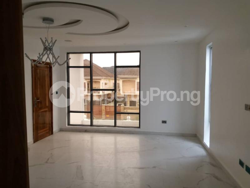 5 bedroom Semi Detached Duplex House for sale - chevron Lekki Lagos - 11