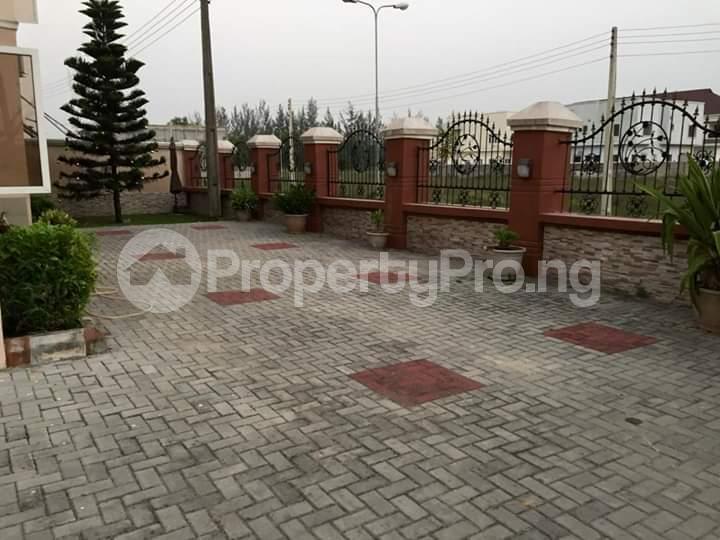 5 bedroom Detached Duplex House for sale Novare shoprite Epe Road Sangotedo Lagos - 4