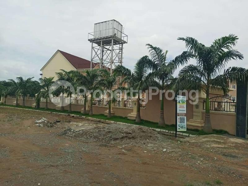 5 bedroom Terraced Duplex House for sale Close to Life Camp Police Station.  Life Camp Abuja - 5