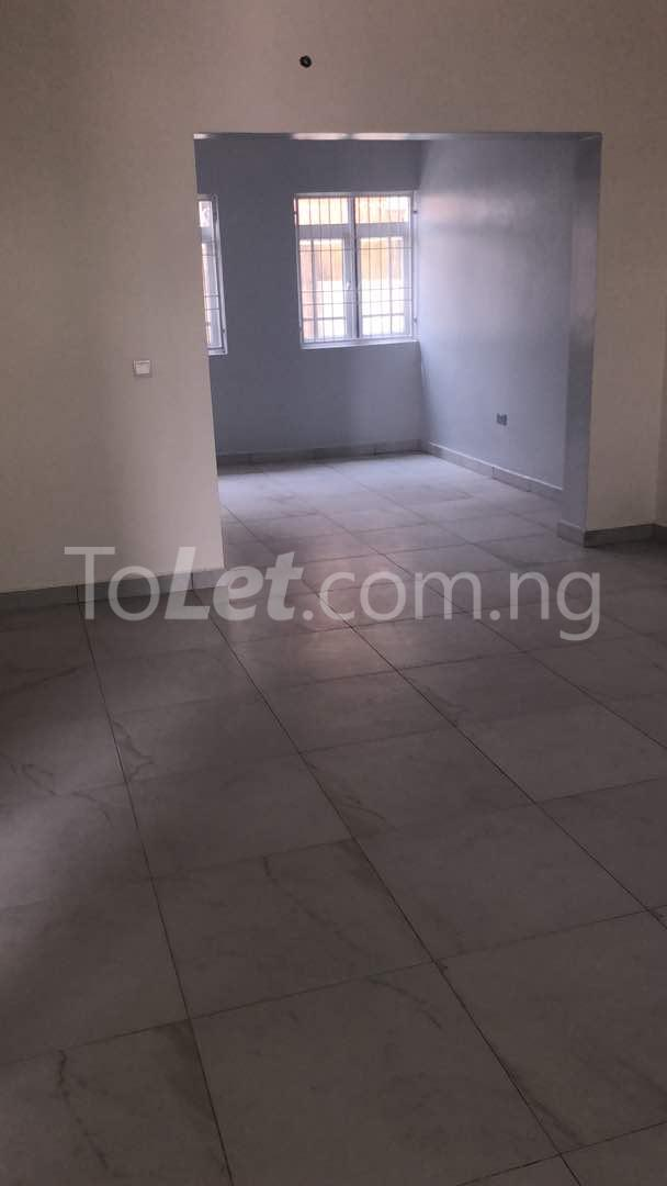 5 bedroom Flat / Apartment for sale  kingspark estate plot 530 Kukwuaba Abuja - 4