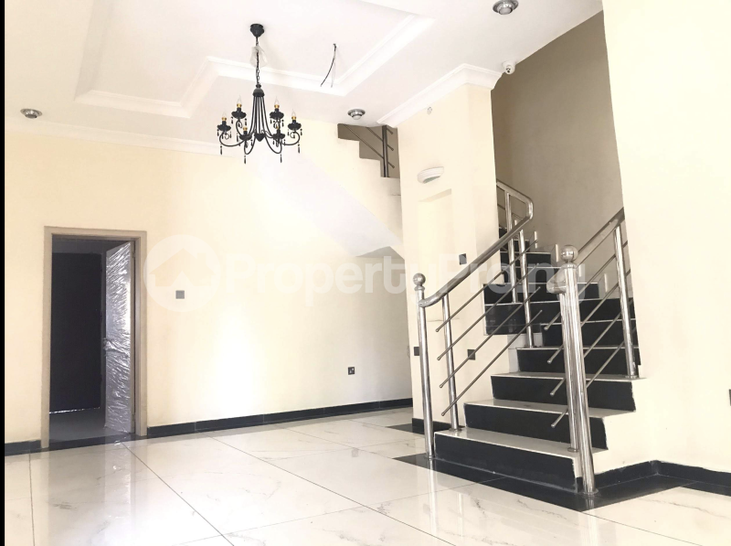5 bedroom Terraced Duplex House for rent Lekki Phase 1 Lekki Lagos - 9