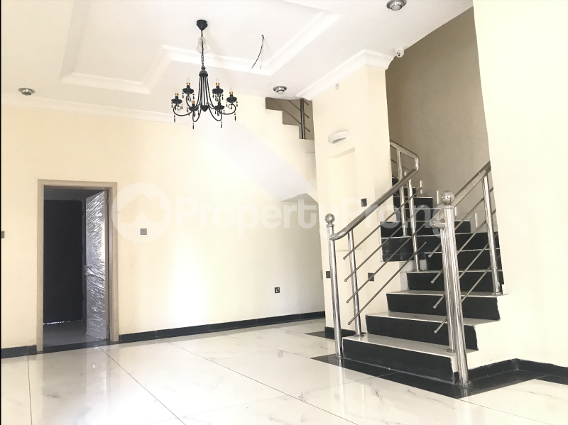 5 bedroom Terraced Duplex House for rent Lekki Phase 1 Lekki Lagos - 6
