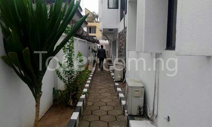 5 bedroom House for rent Samuel Adedoyin street off Molade Okoya street   Ademola Adetokunbo Victoria Island Lagos - 1