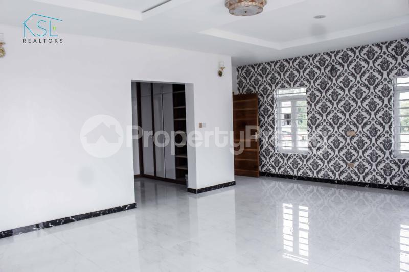 5 bedroom Detached Duplex House for sale Chevy view Estate chevron Lekki Lagos - 13